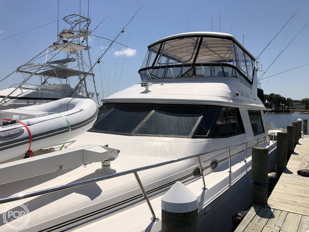 1996 Sea Ray boat for sale, model of the boat is 550 Sedan Bridge & Image # 29 of 40