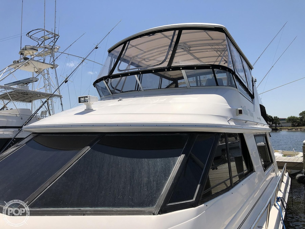 1996 Sea Ray boat for sale, model of the boat is 550 Sedan Bridge & Image # 33 of 40