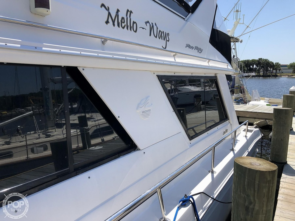 1996 Sea Ray boat for sale, model of the boat is 550 Sedan Bridge & Image # 35 of 40