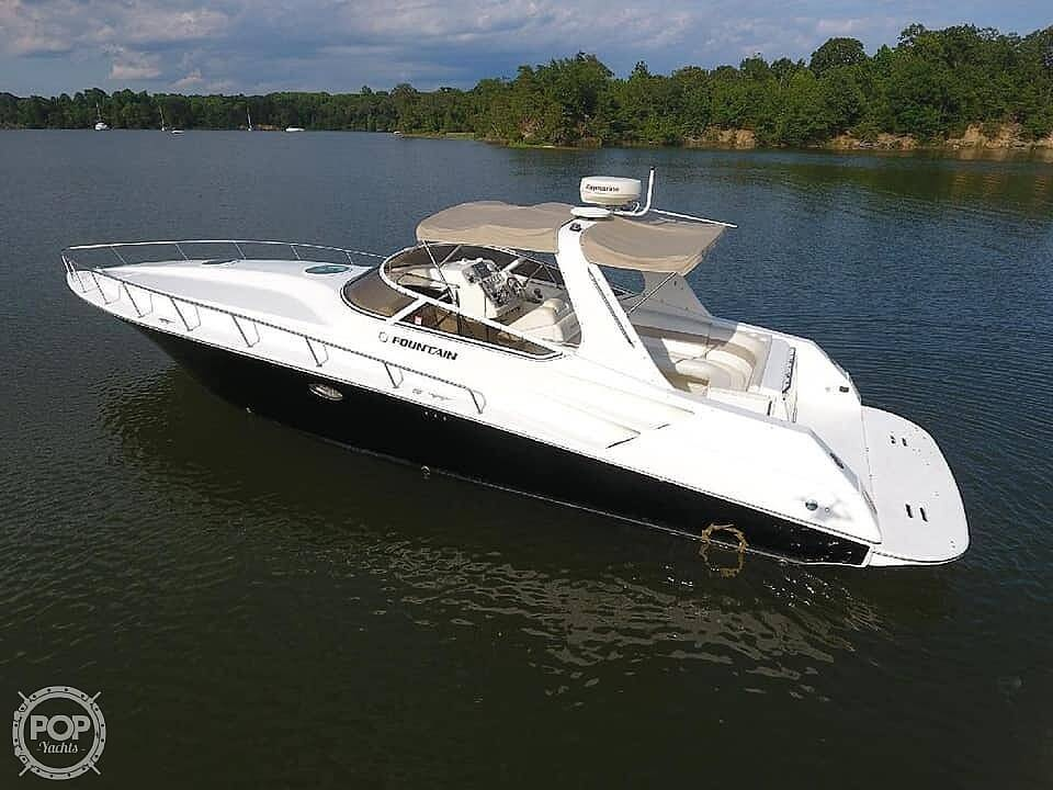 2005 Fountain boat for sale, model of the boat is 38 EC & Image # 14 of 40