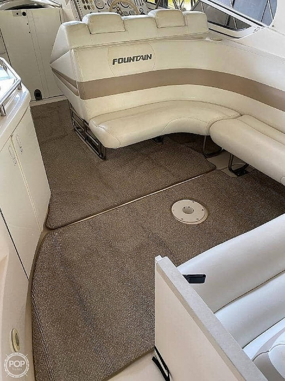2005 Fountain boat for sale, model of the boat is 38 EC & Image # 17 of 40
