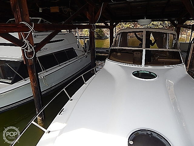 2005 Fountain boat for sale, model of the boat is 38 EC & Image # 32 of 40