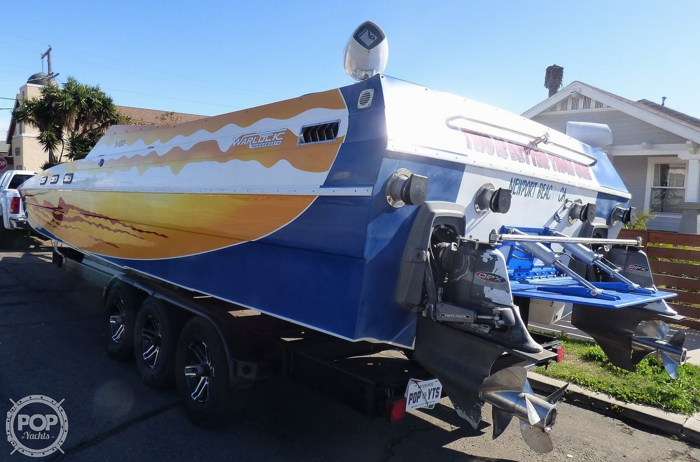 2004 Warlock boat for sale, model of the boat is 36 SXT & Image # 17 of 40
