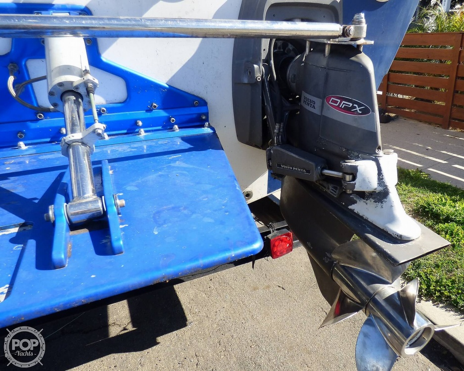 2004 Warlock boat for sale, model of the boat is 36 SXT & Image # 29 of 40