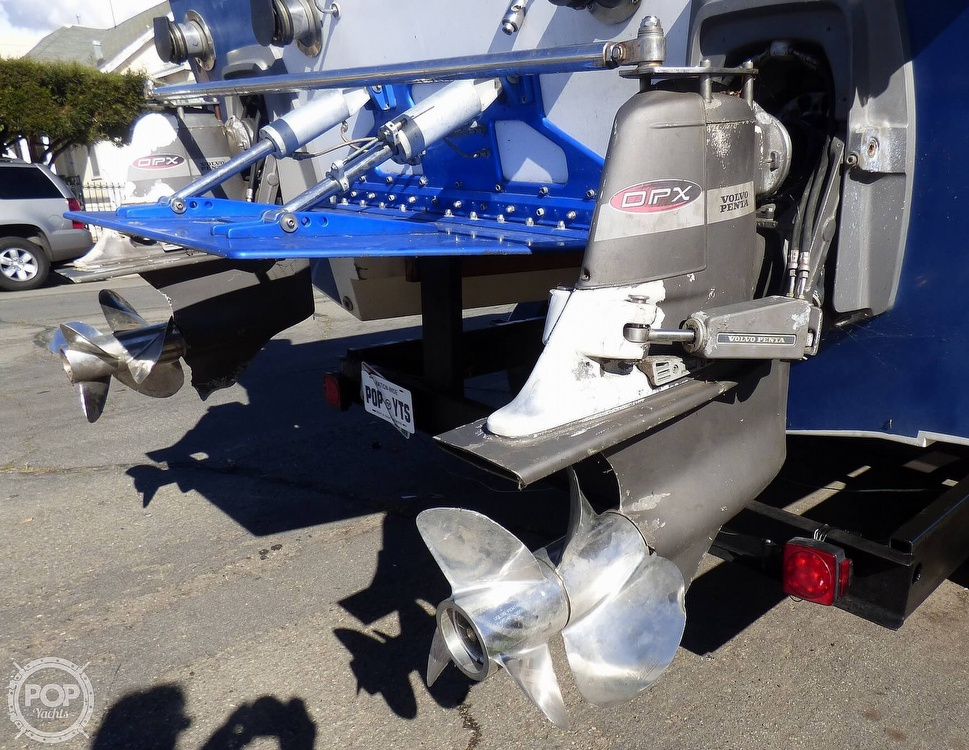 2004 Warlock boat for sale, model of the boat is 36 SXT & Image # 30 of 40