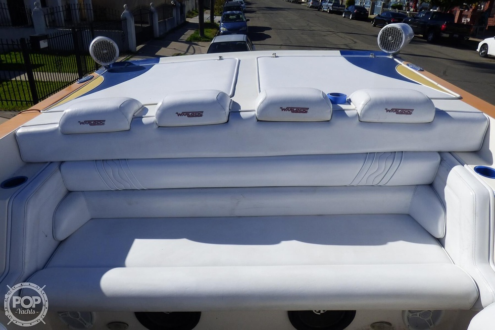 2004 Warlock boat for sale, model of the boat is 36 SXT & Image # 37 of 40