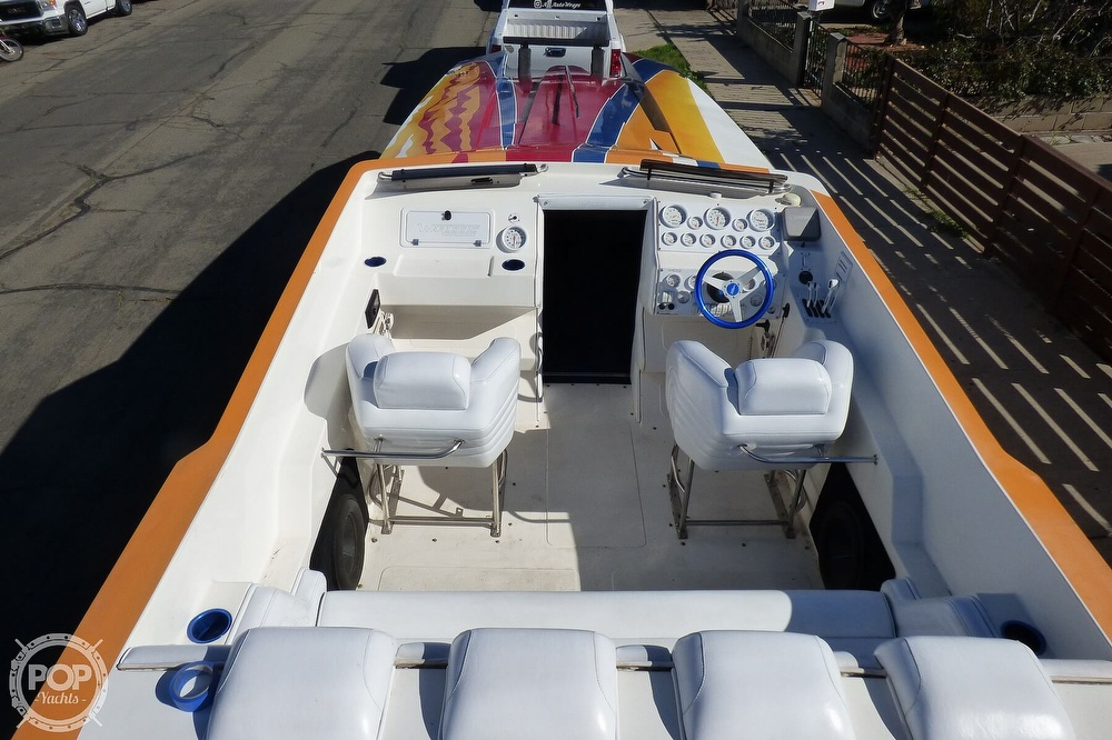 2004 Warlock boat for sale, model of the boat is 36 SXT & Image # 38 of 40