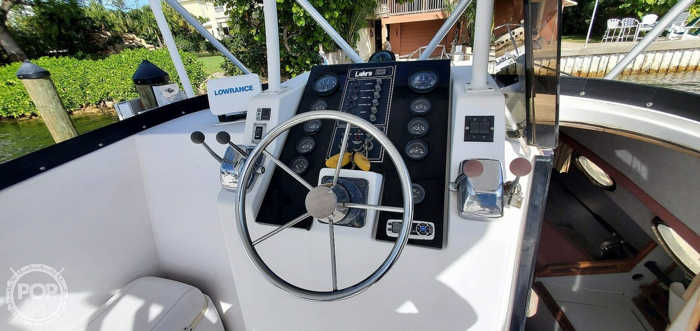 1988 Luhrs boat for sale, model of the boat is Tournament 290 Open & Image # 5 of 40