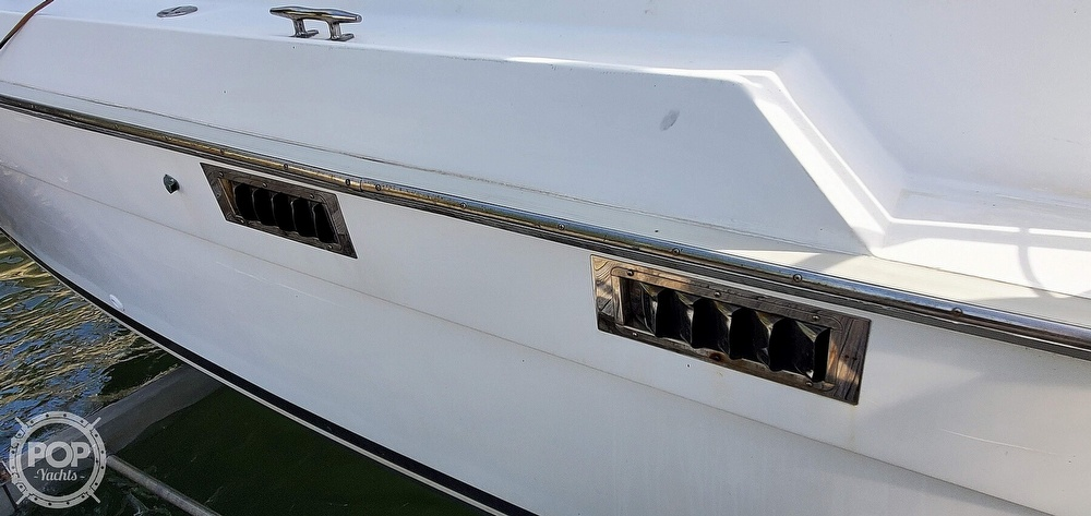 1988 Luhrs boat for sale, model of the boat is Tournament 290 Open & Image # 32 of 40