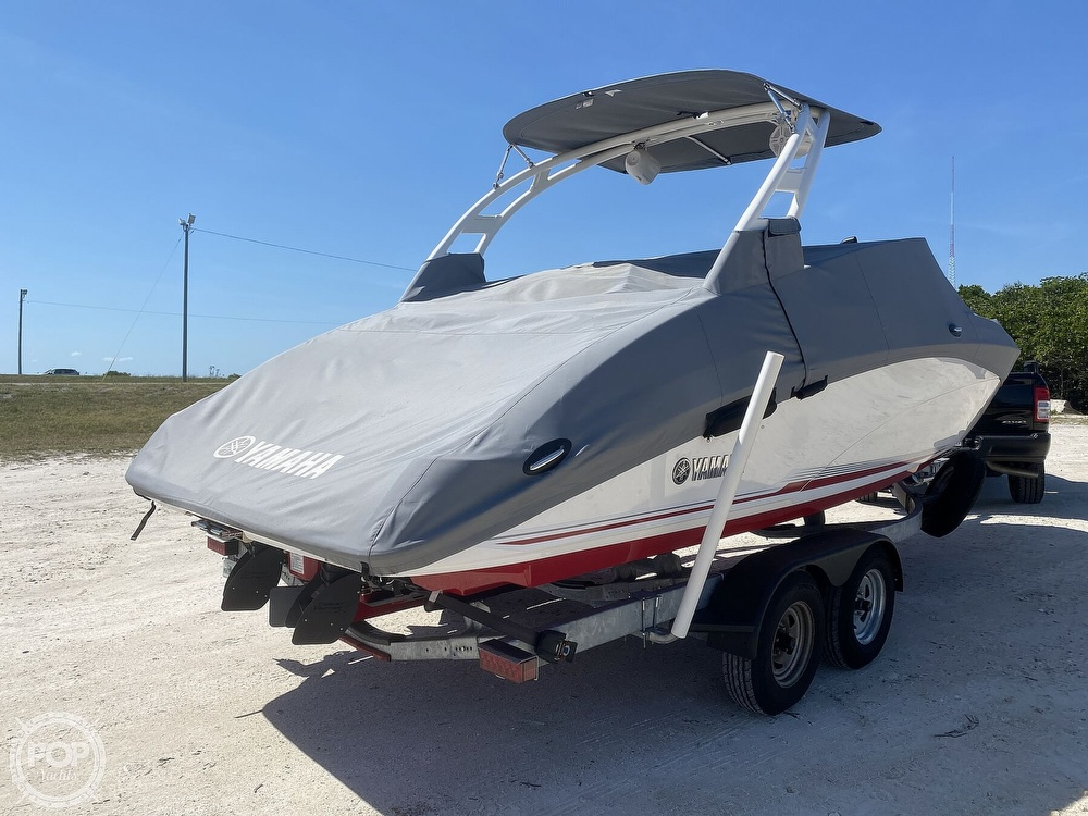 2019 Yamaha boat for sale, model of the boat is 242 Limited S & Image # 6 of 40