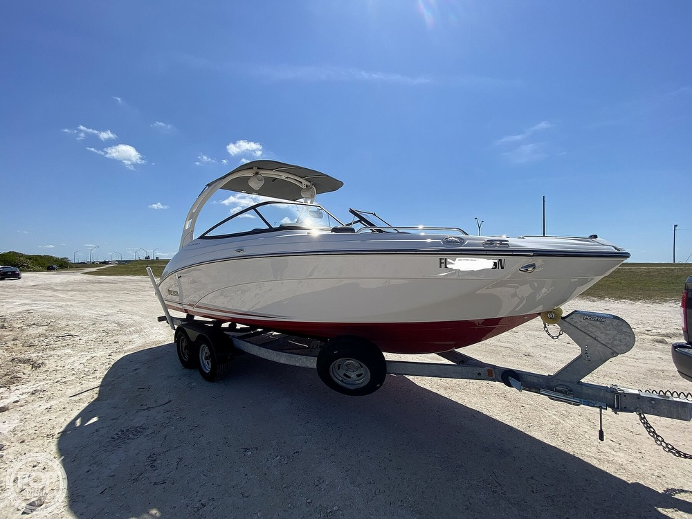 2019 Yamaha boat for sale, model of the boat is 242 Limited S & Image # 18 of 40