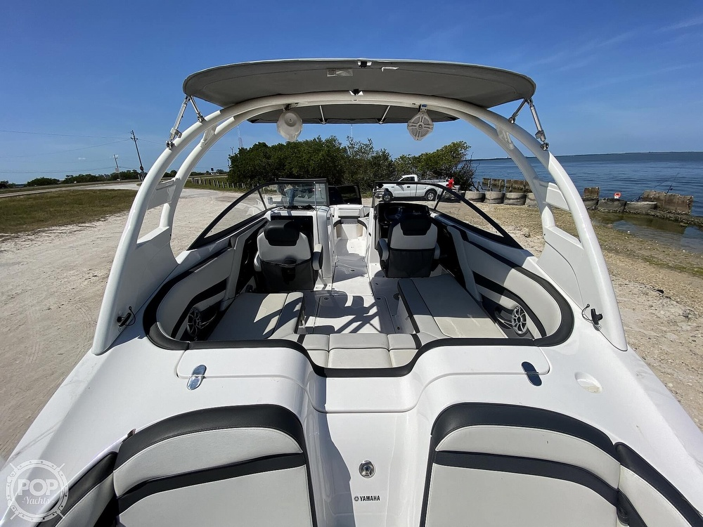 2019 Yamaha boat for sale, model of the boat is 242 Limited S & Image # 22 of 40