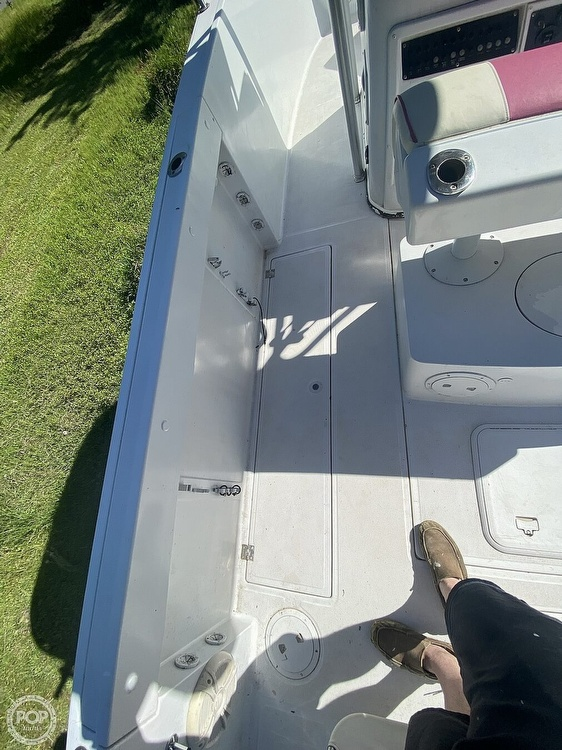 1998 Robalo boat for sale, model of the boat is 2620 & Image # 34 of 40
