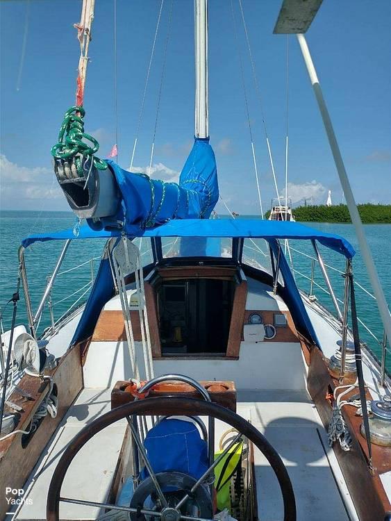 1967 Islander boat for sale, model of the boat is 37 Wayfarer & Image # 16 of 40