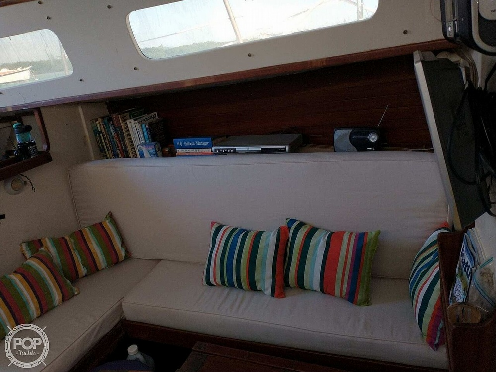 1967 Islander boat for sale, model of the boat is 37 Wayfarer & Image # 33 of 40