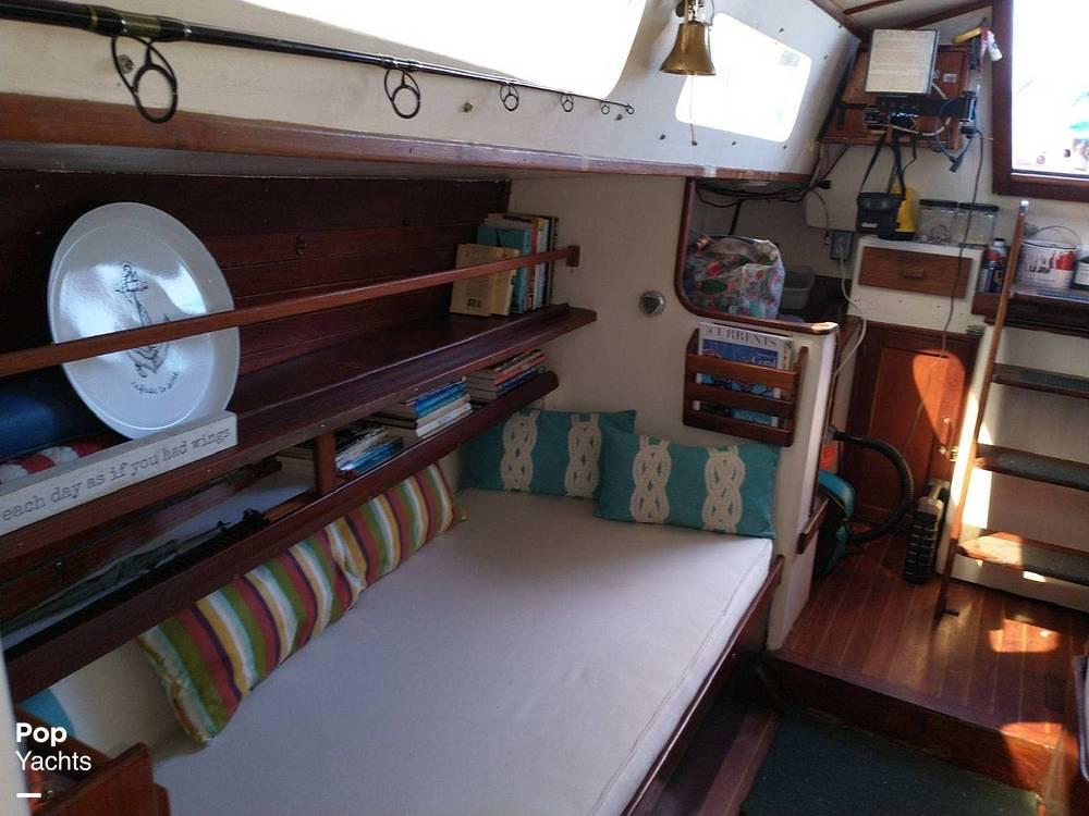 1967 Islander boat for sale, model of the boat is 37 Wayfarer & Image # 34 of 40