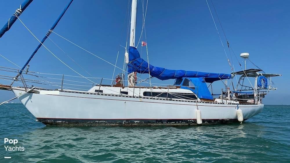 1967 Islander boat for sale, model of the boat is 37 Wayfarer & Image # 6 of 40