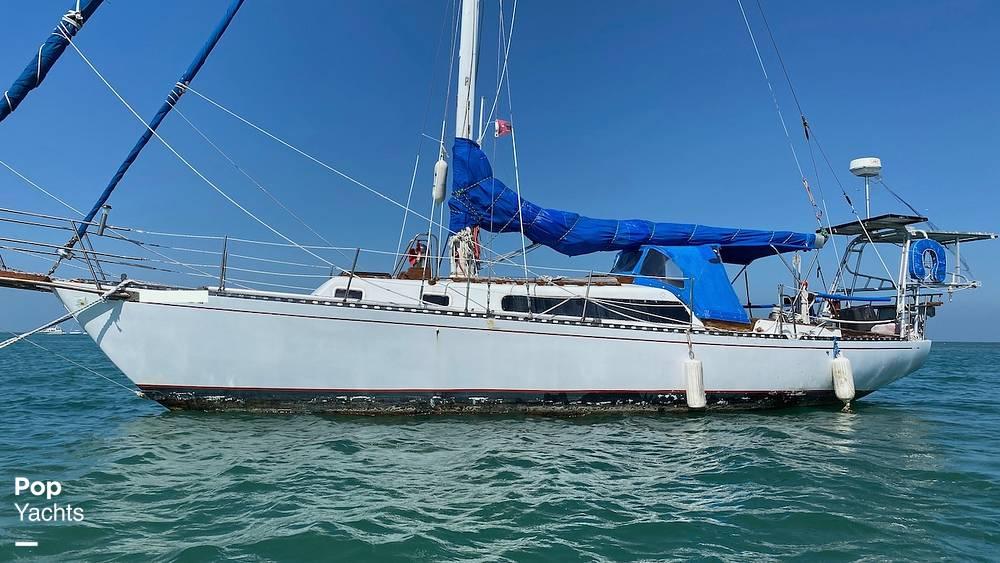 1967 Islander boat for sale, model of the boat is 37 Wayfarer & Image # 4 of 40