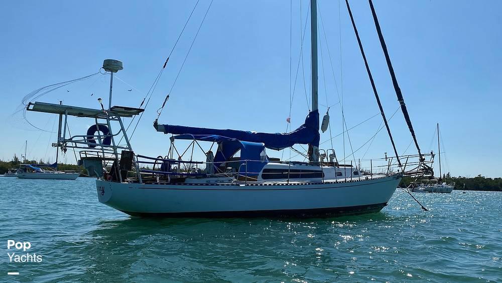 1967 Islander boat for sale, model of the boat is 37 Wayfarer & Image # 5 of 40