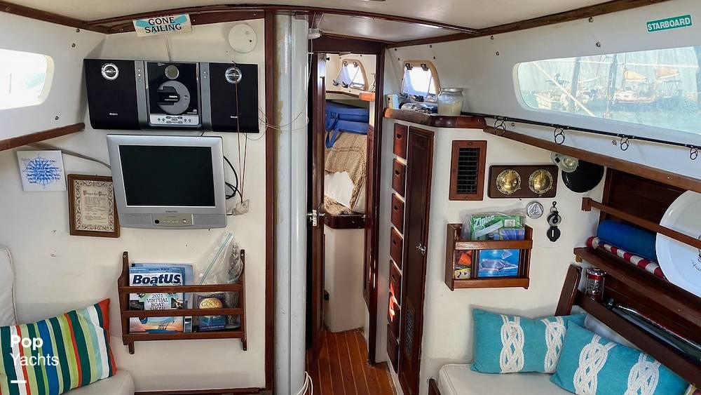 1967 Islander boat for sale, model of the boat is 37 Wayfarer & Image # 35 of 40