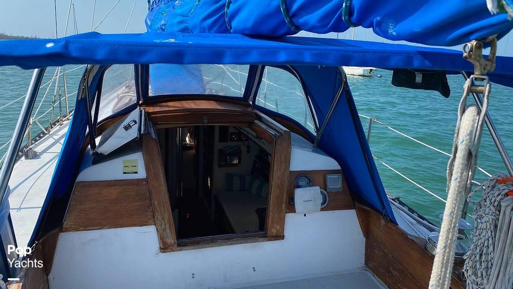1967 Islander boat for sale, model of the boat is 37 Wayfarer & Image # 17 of 40