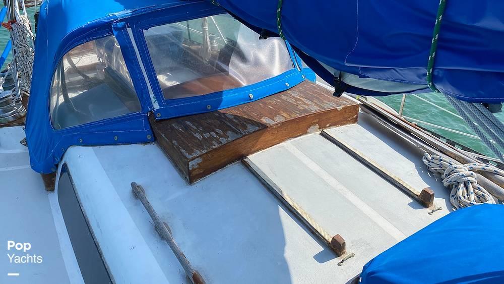 1967 Islander boat for sale, model of the boat is 37 Wayfarer & Image # 15 of 40