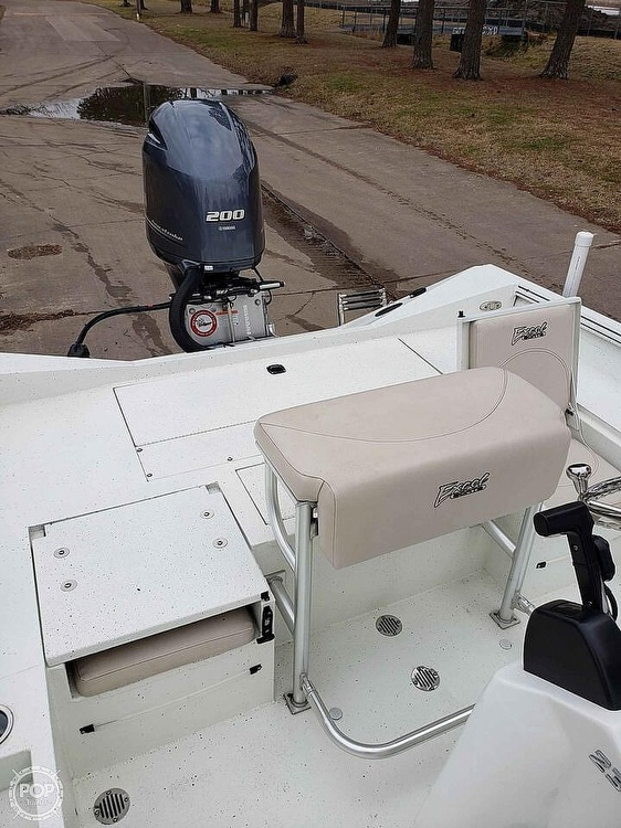 2019 Excel boat for sale, model of the boat is Bay Pro 230 & Image # 8 of 40