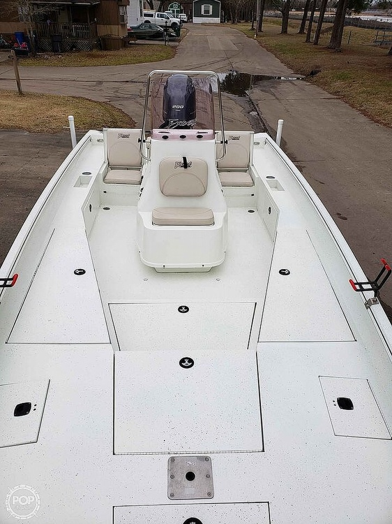 2019 Excel boat for sale, model of the boat is Bay Pro 230 & Image # 9 of 40