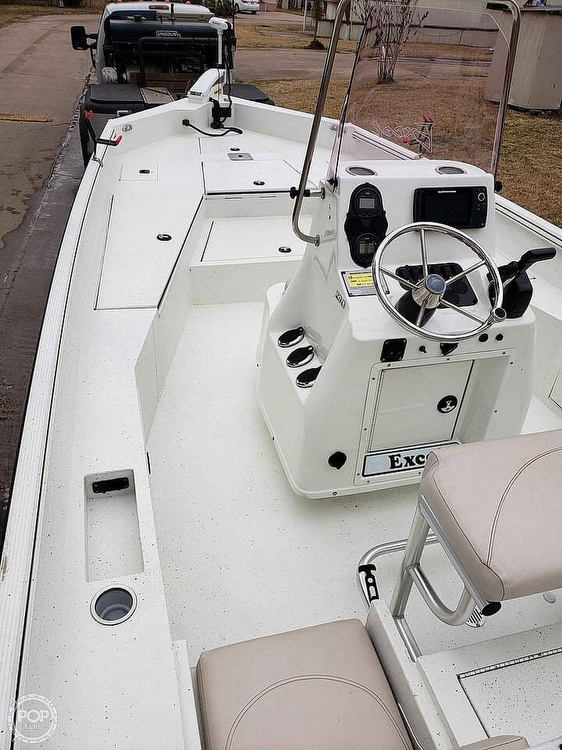 2019 Excel boat for sale, model of the boat is Bay Pro 230 & Image # 12 of 40