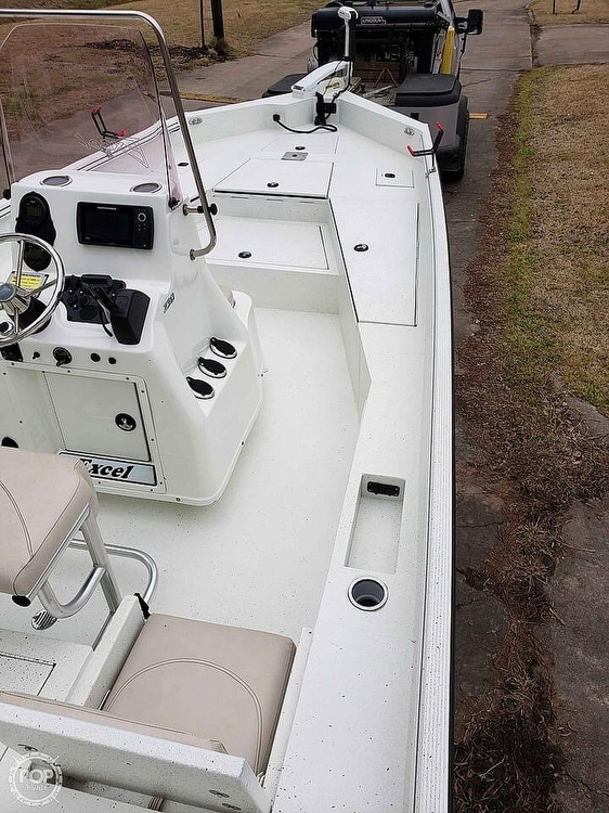 2019 Excel boat for sale, model of the boat is Bay Pro 230 & Image # 14 of 40