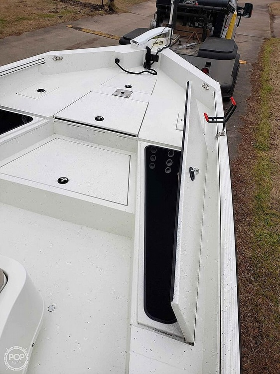 2019 Excel boat for sale, model of the boat is Bay Pro 230 & Image # 16 of 40