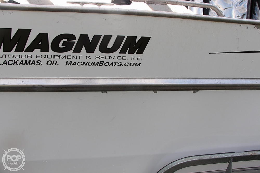 2004 Magnum Marine boat for sale, model of the boat is Ultramag 26 & Image # 14 of 40