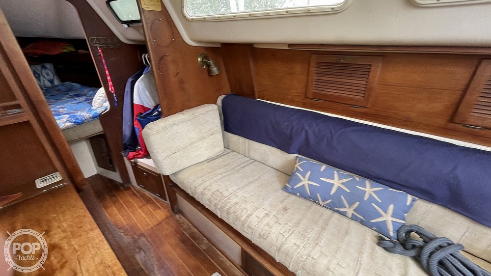 1984 Aloha Yachts boat for sale, model of the boat is 8.2 & Image # 19 of 40