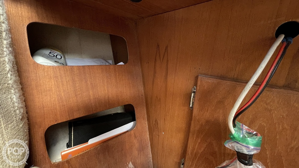 1984 Aloha Yachts boat for sale, model of the boat is 8.2 & Image # 27 of 40