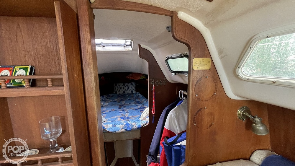 1984 Aloha Yachts boat for sale, model of the boat is 8.2 & Image # 33 of 40