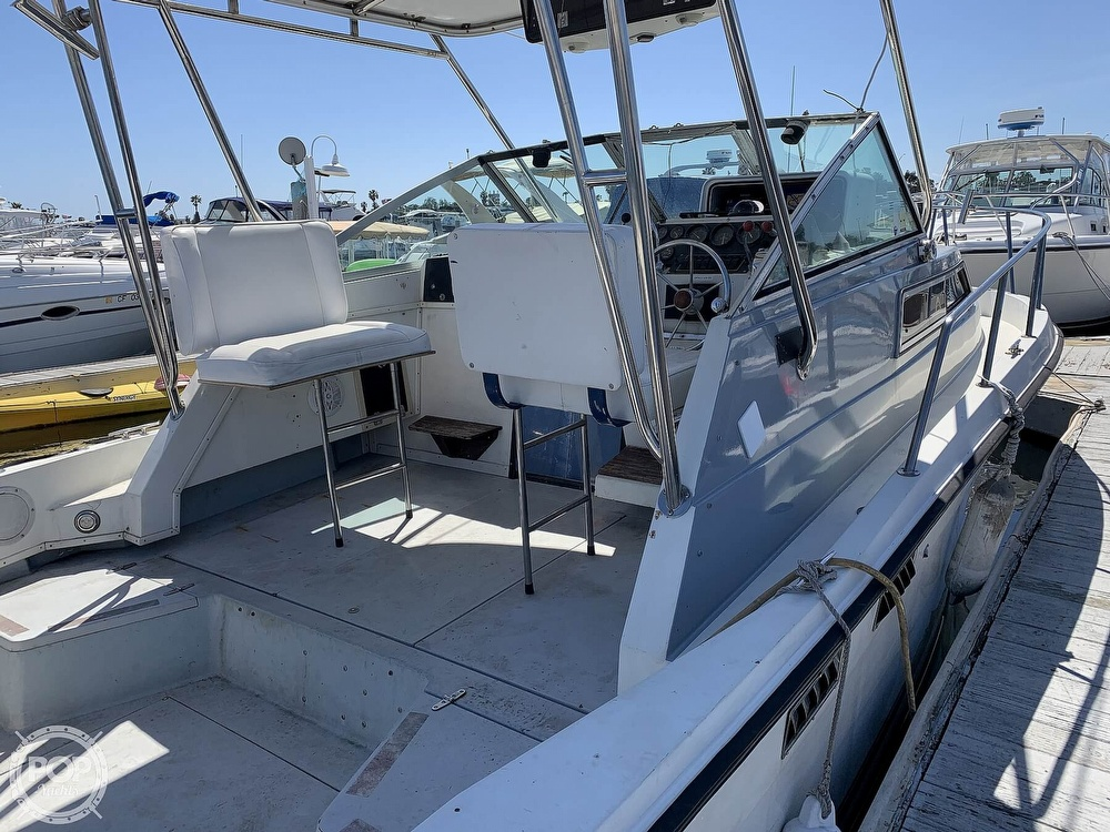 1988 Wellcraft boat for sale, model of the boat is 2800 Coastal & Image # 5 of 40