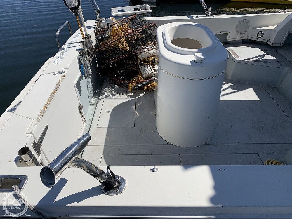 1988 Wellcraft boat for sale, model of the boat is 2800 Coastal & Image # 18 of 40