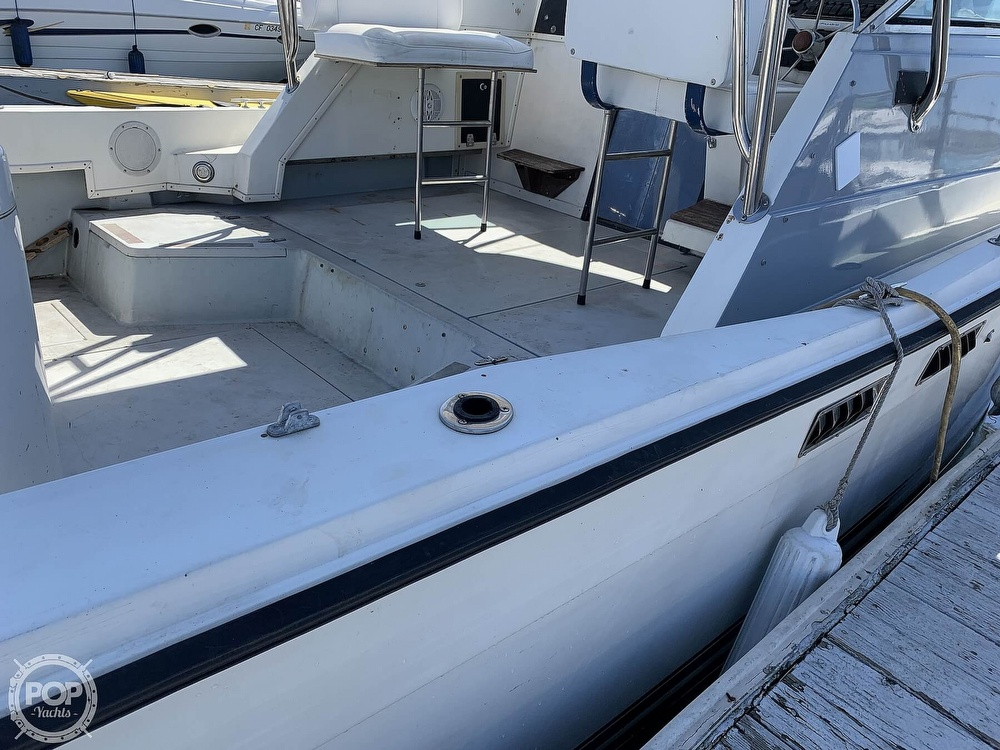 1988 Wellcraft boat for sale, model of the boat is 2800 Coastal & Image # 19 of 40