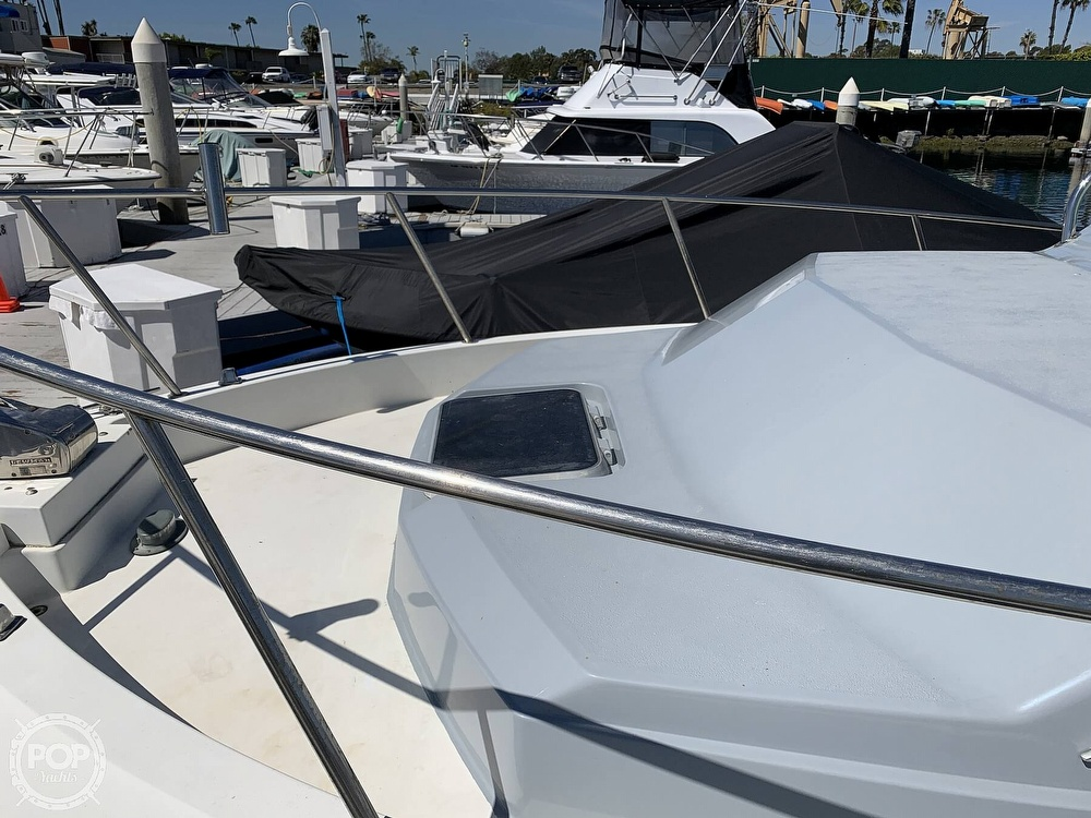 1988 Wellcraft boat for sale, model of the boat is 2800 Coastal & Image # 34 of 40