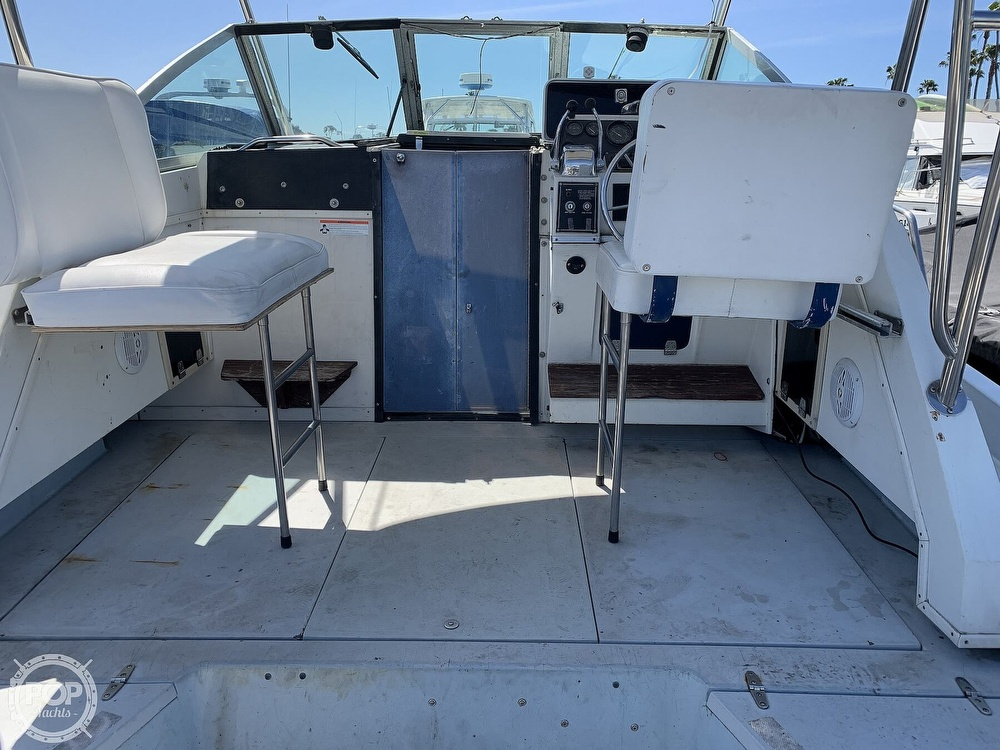 1988 Wellcraft boat for sale, model of the boat is 2800 Coastal & Image # 11 of 40