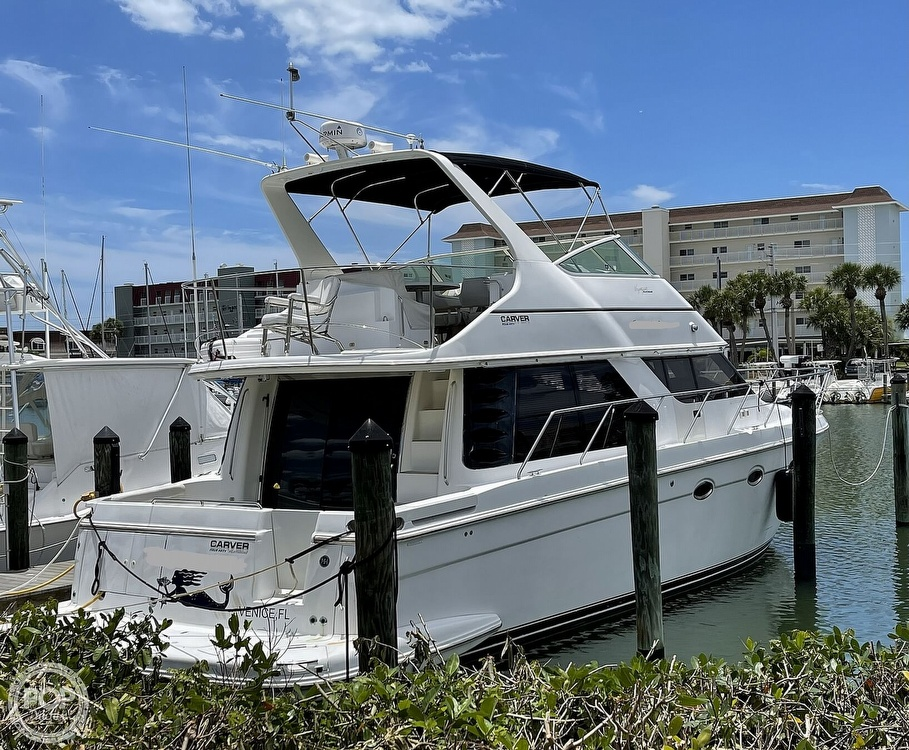 2002 Carver boat for sale, model of the boat is Voyager 450 Pilothouse & Image # 7 of 40