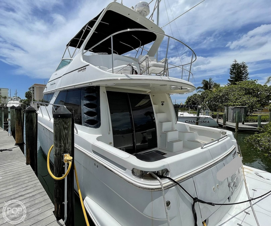 2002 Carver boat for sale, model of the boat is Voyager 450 Pilothouse & Image # 13 of 40