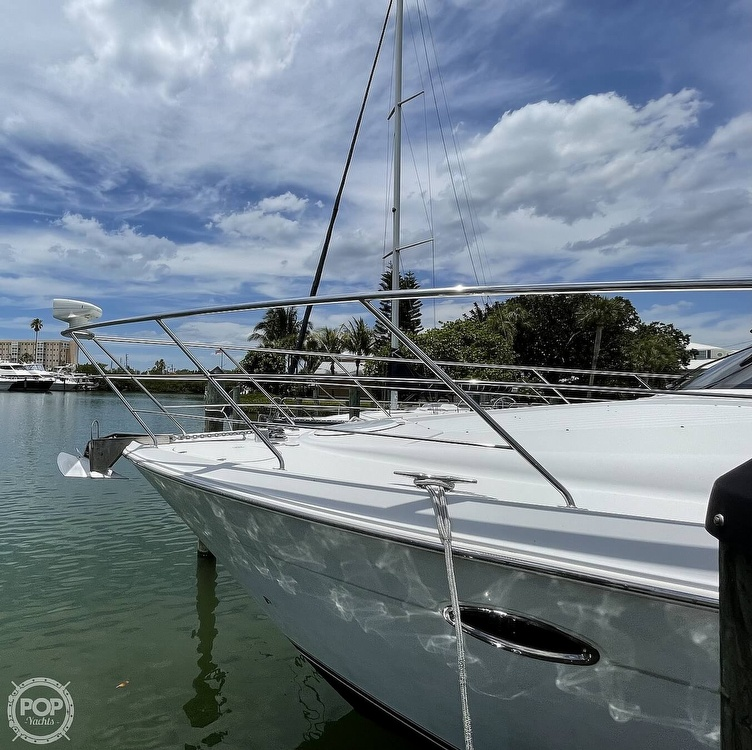 2002 Carver boat for sale, model of the boat is Voyager 450 Pilothouse & Image # 17 of 40