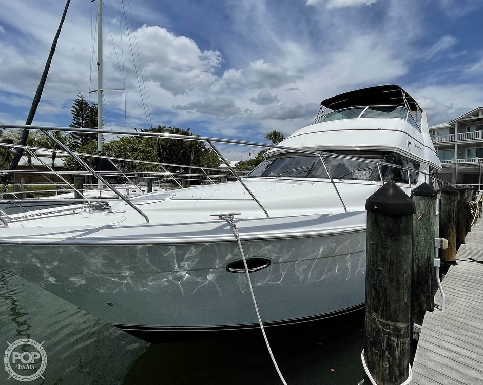 2002 Carver boat for sale, model of the boat is Voyager 450 Pilothouse & Image # 18 of 40