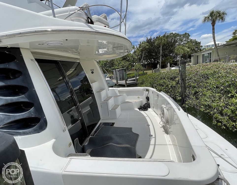 2002 Carver boat for sale, model of the boat is Voyager 450 Pilothouse & Image # 20 of 40