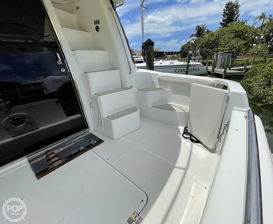 2002 Carver boat for sale, model of the boat is Voyager 450 Pilothouse & Image # 29 of 40