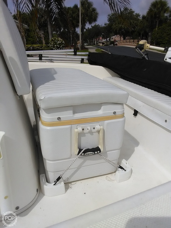 2006 Century boat for sale, model of the boat is 1701 CC & Image # 5 of 11