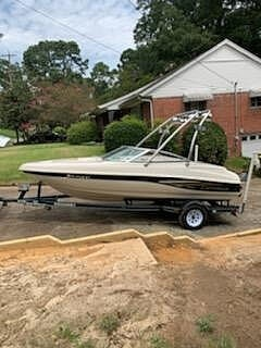 1999 Caravelle boat for sale, model of the boat is 188 Bowrider & Image # 2 of 12