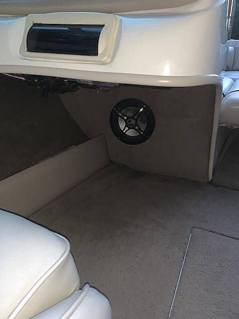 1999 Caravelle boat for sale, model of the boat is 188 Bowrider & Image # 8 of 12