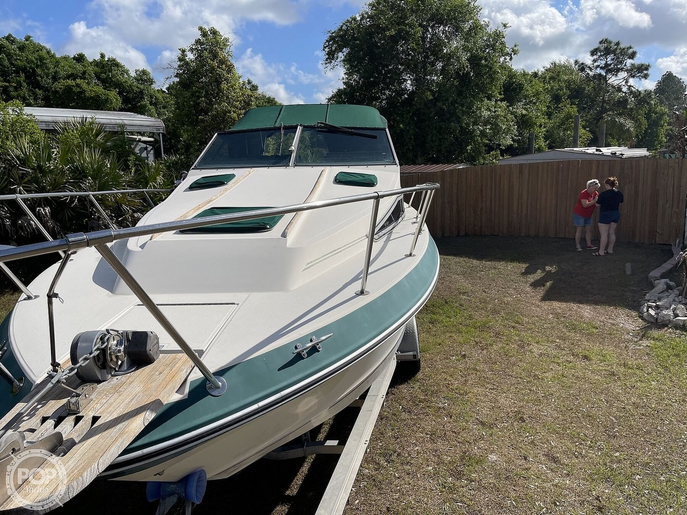 1988 Sea Ray boat for sale, model of the boat is 268 Sundancer & Image # 4 of 40